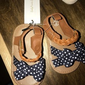 Other - NWT Polka dot Sandals for Babies!